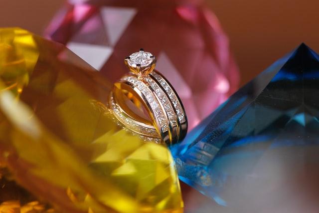 當舖鑽石珠寶借款